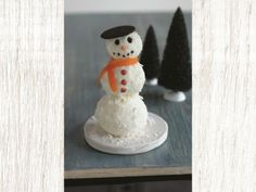 this cheese ball snowman is pretty chill