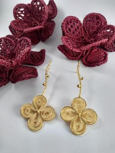 Aretes Artesanales Dyi, Crochet Earrings, Hobbies, Jewelry, Fashion, Gold Plating, Quilling, Crystals, Tejidos
