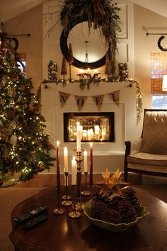 This is my favorite Christmas color scheme... Cream background, light coffee color secondary color, dark brown furniture, classic black trimming, green (tree in this case) and touches of many other rustic, natural colors! Beautiful!