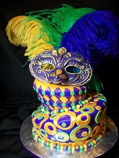 Mardi Gras cake - - yes I want to use these colours on a piece of furniture :)