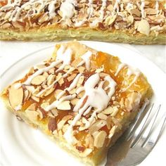 Almond Puff Loaf: King Arthur Flour Almond Filling (use between the pastry and the choux) cup almond paste, 3 tablespoons granulated sugar, 1 large egg white. Add almond extract to the glaze. Loaf Recipes, Dessert Recipes, Delicious Desserts, Cake Recipes, King Arthur Flour, Pastry Blender, Toasted Almonds, Cannoli, Meals For One