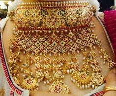 Traditional Rajasthani Aad with Jodhpuri Jadai work