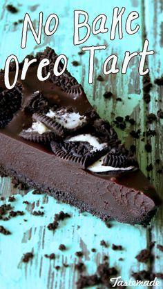 Our Oreo dreams just came true with the No Bake Oreo Tart. Pardon us as we pick our mouths up off the floor.