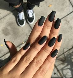 Black nails maybe a dark color, but if you favor more shiny shades. So, we have found black nails with glitter nail art ideas to copy in Black Coffin Nails, Matte Black Nails, Acrylic Nails Coffin Short, Simple Acrylic Nails, Best Acrylic Nails, Black Nails Short, Black Nail Art, Pointy Black Nails, Black Almond Nails