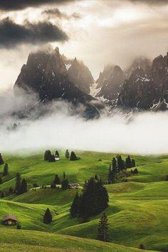 Valley Fog on the Dolomites via @Earthpicsz #Italy