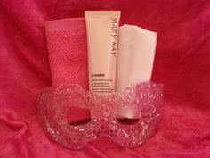 Sweet dreams gift set! $33 includes Mary Kay moisture renewing gel mask, satin…