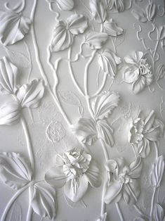 'White Panno' by Olefir Zoya, an artist from Ukraine, who creates interior design and focuses on decorative wall (pannos) works. Textured Wallpaper for Your Interior Design Pics 50 Floral Wallpaper and Mural Ideas\/\/ this is amazing stuff.I wana learn th Cutting Edge Stencils, Plaster Art, Ceramic Flowers, Clay Flowers, Faux Flowers, Silk Flowers, Denim Flowers, Spring Flowers, Simple Art