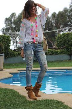 new in: firula star Girly Outfits, Stylish Outfits, Colar Boho, Hippie Style, My Style, Boho Style, Hippie Chick, Boho Fashion Winter, Women's Fashion