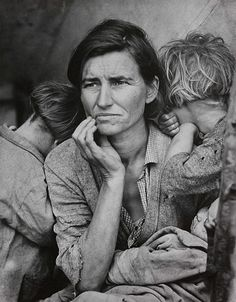 Migrant Mother, Nipomo California 1936 - by Dorothea Lange. My favourite photograph. The picture that made me become a photographer. And the first picture that made me realise what emotion photography could bring.