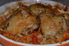Chicken on vegetables Russian Dishes, Russian Recipes, Unique Recipes, New Recipes, Cooking Recipes, Borscht Soup, Beet Soup, Different Recipes, Mesas