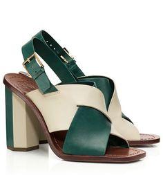 gorgeous green color block sandals