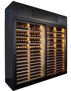 http://www.winess.co.uk/wp-content/uploads/2013/11/The-Wine-Wall-Standard-Racking22.jpg