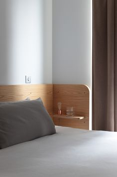 Lozi - Bespoke Plywood Furniture - House of Lozi - Chloe, London Plywood Bed Designs, Plywood Design, Small Modern Bedroom, Narrow Bedroom, Bedroom Wall Designs, Headboard Designs, Headboard With Shelves, Plywood Headboard, Plywood Interior