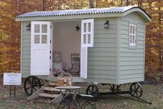 Traditional English Shepherd Huts in the USA - exterior : tinyhouseblog #2