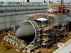 Navy Nuclear Submarines Are So Strong One Smashed into an Underwater Mountain and Survived Utility Boat, Nuclear Submarine, Cabin Cruiser, Armada, Yellow Submarine, Navy Ships, Small Boats, Boat Plans, Wooden Boats