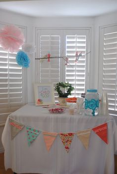 Birdies and Bows: A Baby Shower <3