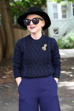 Poor Little It Girl - Navy And Black Outfit For Fall - @poorlilitgirl