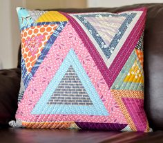 PTS round 9 by ericajackman, via Flickr... puzzled triangles tutorial | kitchen table quilting