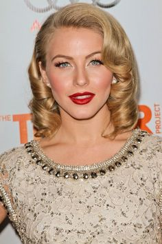 blonde+curly+vintage+hairstyle