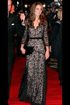 DUCHESS OF CHAMBRIDGE...BEUTIFUL KATE...I LOVE HER STYLE <3