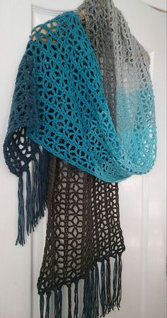Ravelry: Sophine Scarf pattern by Simone Francis