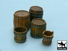 Grim's Dungeons of Doom: Scraping the barrel, making mini barrels. Popsicle Stick Crafts, Craft Stick Crafts, Diy And Crafts, Miniature Furniture, Doll Furniture, Creative Christmas Food, Crib Accessories, Lighthouse Decor, Biscuit