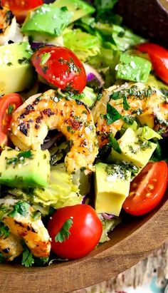 and Avocado Taco Salad Twist up your typical taco salad and try this Shrimp and Avocado Taco Salad. It'sTwist up your typical taco salad and try this Shrimp and Avocado Taco Salad. Taco Salad Recipes, Avocado Recipes, Fish Recipes, Seafood Recipes, Mexican Food Recipes, Cooking Recipes, Crockpot Recipes, Spinach Salads, Avocado Tomato Salad