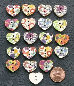 20 Painted Wood Buttons Floral Design by BohemianFindings on Etsy, $3.00