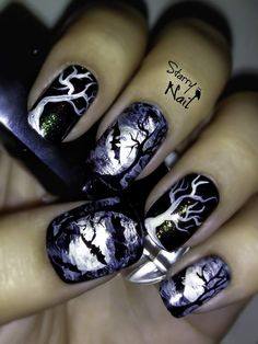 Stunning Halloween Nail Art Designs - Live It Beautiful