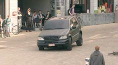 A TNT coloca um pouco de emoção numa pacata cidade da Bélgica para promover a estréia do canal no país.