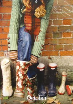 love rain boots, waiting for fall so I can wear mine again:) Albert Camus, Fashion Week, Winter Fashion, Fashion Fashion, Image Deco, Casual Chique, Perfect Fall Outfit, Wellington Boot, Cute Boots