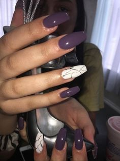 Best Stunning Marble Coffin Nails Inspirational Ideas You Must Try - Page 7 of 70 - Diaror Diary Dark Purple Nails, Purple Acrylic Nails, Best Acrylic Nails, Dark Nails, Fabulous Nails, Perfect Nails, Gorgeous Nails, Trendy Nails, Cute Nails