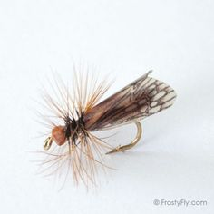 Realistic Caddis Fly Dry II - Brown