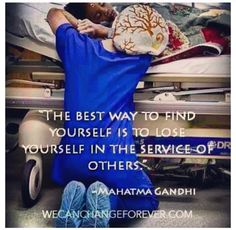 I want to be this nurse someday :) Even if the world may want to change me, I don't want to lose the heart of a beginner's compassion for patients.