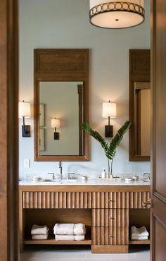 This Stowe, Vermont master bathroom exudes a subtle sophistication. Architecture: David Kaselak, Zehren and Associates Interior Design: Jennifer Palumbo Sophistication on the Slopes Classic Home Decor, Easy Home Decor, Cheap Home Decor, Home Decor Quotes, Home Decor Pictures, Luxury Homes Interior, Interior Design, Diy Interior, Interior Modern