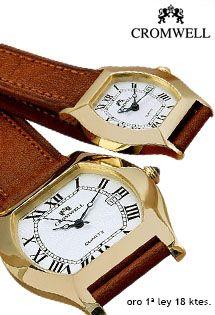93dbe57eae85 Relojes de oro de la firma Cromwell con un preciso mecanismo de cuarzo suizo  y correa de piel marrón para señora y caballero.