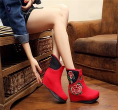 Women Embroidered Slippers Shoes Chinese Flower Floral Canvas Boots XZ027 #Nibox #Chinesestyle #Casual