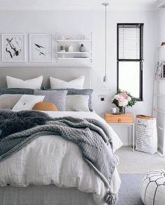 80 Admirable Farmhouse Rustic Master Bedroom Design Ideas – Page 37 – Home Decor Ideas Rustic Master Bedroom, Farmhouse Bedroom Decor, Master Bedroom Design, Home Decor Bedroom, Bedroom Designs, Bedroom Décor, Bed Room, Master Bedrooms, Bedroom Inspo