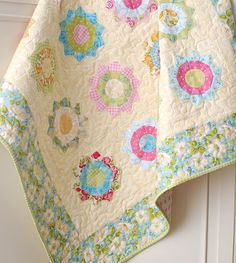 Sunnyside Up  QUILT Pattern by The PATTERN by BellatiqueFabrics