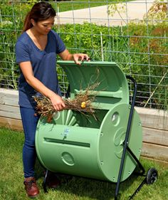 Add a Mantis Back Porch ComposTumbler to your #rooftopgarden. The wheels make it easy to move and it holds 4 bushels of compostables!