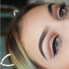 9,227 Likes, 29 Comments - Melanie Luna (@melanielunamua) Morphe | eyebrows | makeup | eyeliner | eyeshadow | makeup eyes look