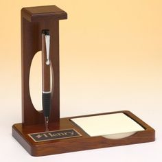 """Floating pen desk set with memo pad in matte teakwood finish featuring a """"floating pen,"""" memo pad and a black & gold engraving plate for personalization. 510 = x Woodworking Books, Popular Woodworking, Woodworking Ideas, Fountain Pen Vintage, Fountain Pens, Glass Awards, Desk Name Plates, Desk Set, Custom Pens"""