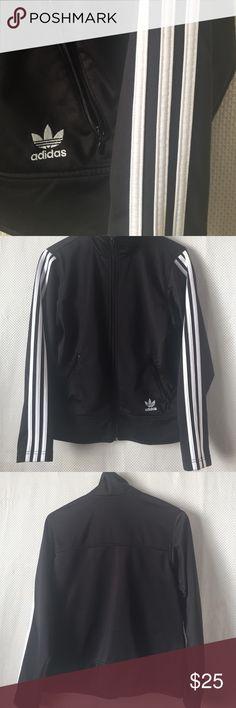 Jacket Black Adidas jacket gently worn made in Taiwan two zippered pockets zippered front  Adidas Jackets & Coats