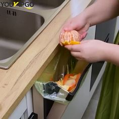 """Creative Wall Mounted Folding Waste Bin """"☘☘Creative folding wall-mounted trash can,make it easier for you to remove all trash on the cooking table or table! Cool Kitchen Gadgets, Home Gadgets, Kitchen Hacks, Cool Kitchens, Kitchen Decor, Kitchen Ideas, Folding Walls, Unique Gadgets, Creative Walls"""