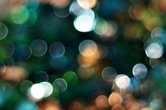 How to Get Really Creative With Bokeh Photography. GLITTERY!!! :)