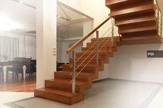 P160 Schody na beton | Drewno jesion barwiony | Blustrada szklana