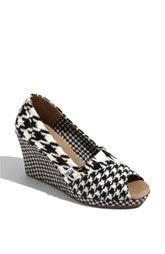 never enough toms heels!