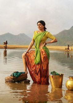Ram Charan and Samantha Ruth Telugu Movie Rangasthalam- First Look Poster Indian Bollywood, Bollywood Actress, Samantha Photos, Samantha Ruth, Village Girl, Girl Artist, Indian Celebrities, Indian Beauty Saree, Woman Painting
