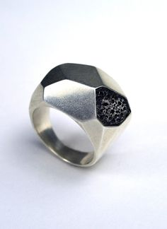 love the edgy look of the stone paired with the faceted steel! Silver #Geometric #Ring by CarrieBilbo on Etsy