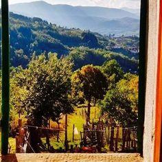 #window #italy #tuscany #albareto #borgovalditaro #lacadellafonte #residence #tuscany #liguria #appennino #appeneins #autumn #parma #london #berlin #amsterdam #hotekwindow